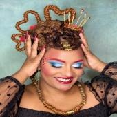 Ҩບᰀᰀɴ ๑f ʜᰀᴀʀᰋຣ ʙᥐ @phi_locks   𝗖𝗮𝗿𝗲𝗳𝘂𝗹 𝗵𝗼𝘄 𝘆𝗼𝘂 𝗽𝗹𝗮𝘆 𝘆𝗼𝘂𝗿 𝗰𝗮𝗿𝗱𝘀 𝘄𝗵𝗲𝗻 𝘆𝗼𝘂 𝗵𝗮𝘃𝗲 𝗮 𝗤𝘂𝗲𝗲𝗻 𝗶𝗻 𝘆𝗼𝘂𝗿 𝗵𝗮𝗻𝗱𝘀 👑 ♥️♣️♦️♠️  𝙷𝚊𝚒𝚛𝚜𝚝𝚢𝚕𝚎 𝚋𝚢 : @phi_locks  𝙼𝚊𝚔𝚎 𝚞𝚙 𝚋𝚢 : @diananyrvana   #queenofhearts #queenofheartsmakeup #locsaredope #madebyqueensforqueens #locs #womanwithlocs #blackgirlmagic